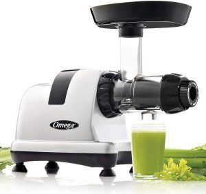 2. Omega MM900 HDS Slow Masticating Celery Juicer Review - Best Power Juicer for Celery Juice by BrizFeel